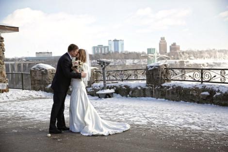 Niagara Falls Wedding Photography By Shelly Winter Weddings Destination
