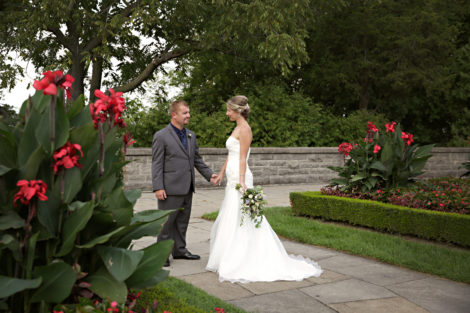 niagara wedding couples, photography by shelly, niagara falls wedding photographer, queenston heights weddings, niagara parks weddings, destination wedding photographer, niagara falls, gta wedding photographer