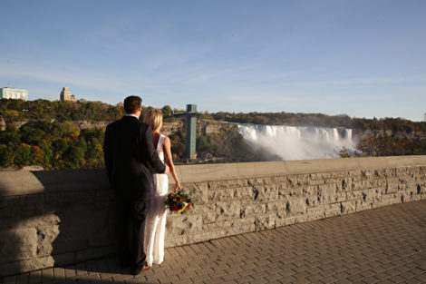 Niagara Falls Elopements, The wedding company of Niagara elopements, Niagara elopement photographer. Elope Niagara, destination wedding photographer, Shelly Harrison Photography By Shelly