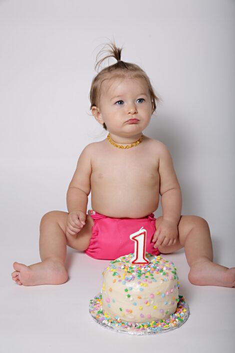 cake smash niagara childrens photographer first birthday photography